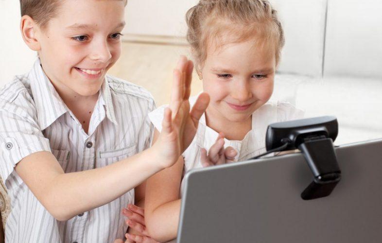 children Skyping parent